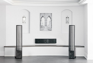 Martin Logan Focus ESL C18 On-Wall/Off-Wall Center
